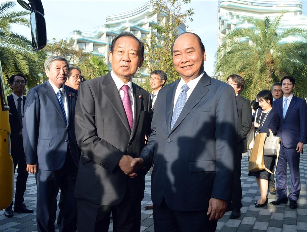 Thủ tướng Nguyễn Xuân Phúc đón tiếp ông Nikai tại khu phức hợp Vinpearl Nam Hội An