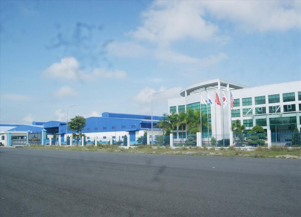 Công ty Panko Tam Thăng được xem là dự án động lực phát triển nhóm công nghiệp dệt may ở vùng đông nam của tỉnh. Ảnh: Đ.H