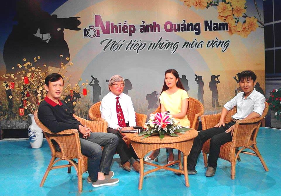 Talks about Quang Nam photography