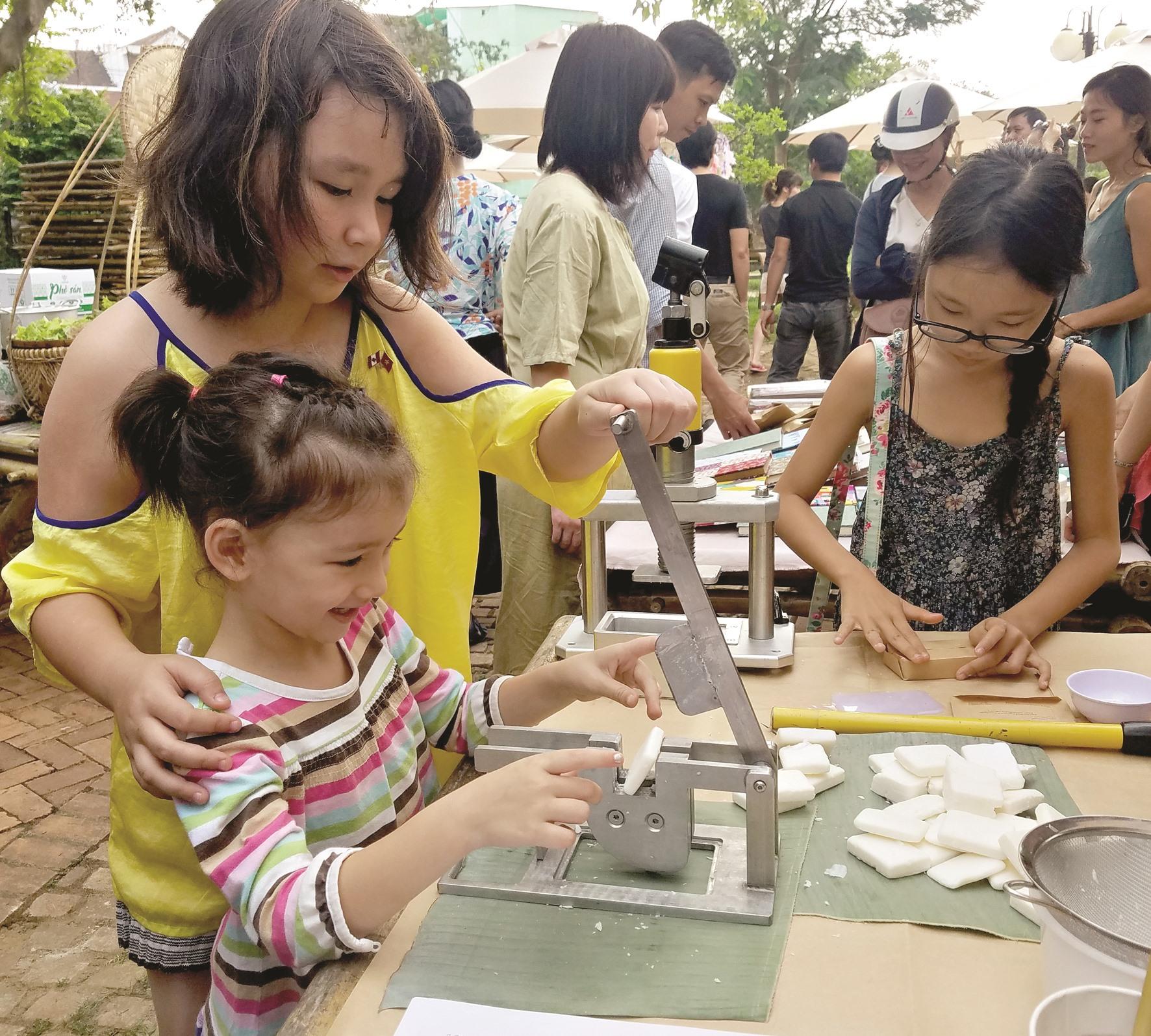 """Chương trình """"tái chế cho sinh kế"""" của An Nhiên Farm đã có những thành công đầu tiên. Ảnh: A.N"""
