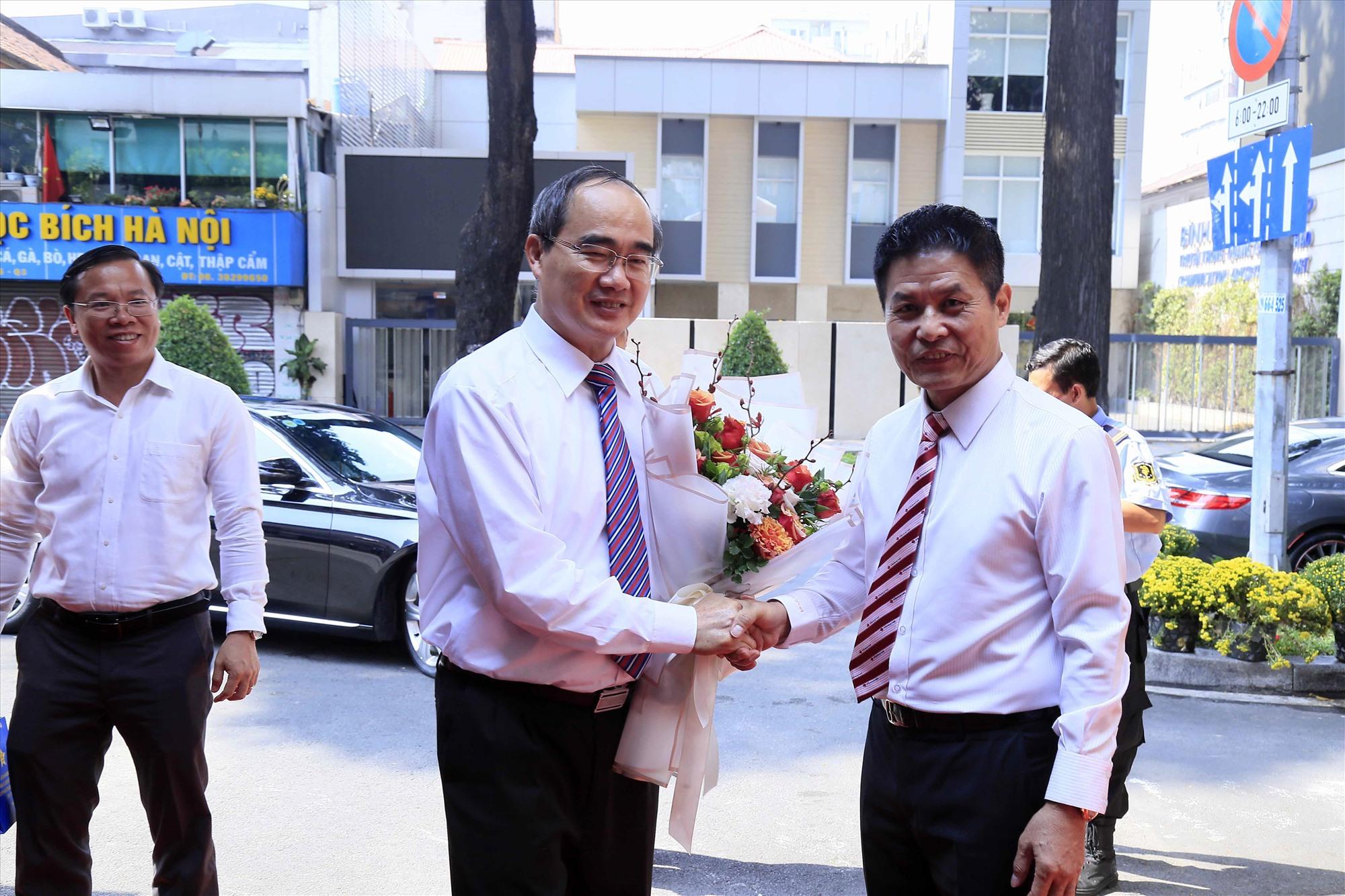 Lãnh đạo Vietravel đón tiếp Bí thư Thành ủy Nguyễn Thiện Nhân đến thăm chúc tết công ty nhân dịp đầu năm Canh Tý