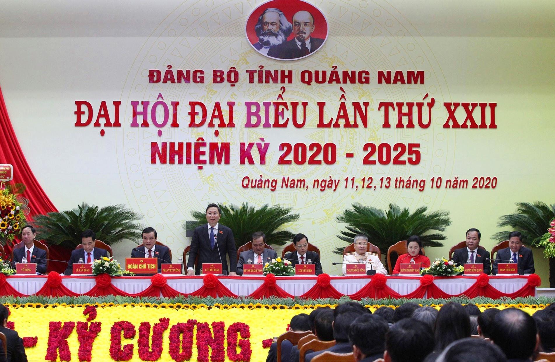 Bầu 19 đại biểu chính thức đi dự Đại hội đại biểu toàn quốc lần thứ XIII của Đảng