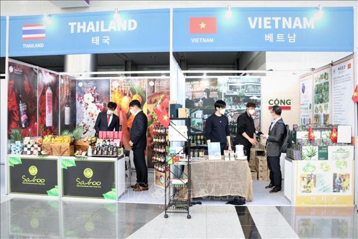 A Vietnamese pavillion at the event (Photo: VNA)