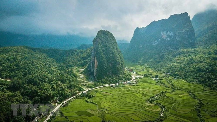 Non nuoc Cao Bang UNESCO global geopark is located in the Northern and Eastern districts of Cao Bang Province in Northeast Viet Nam. It was recognised in 2018.