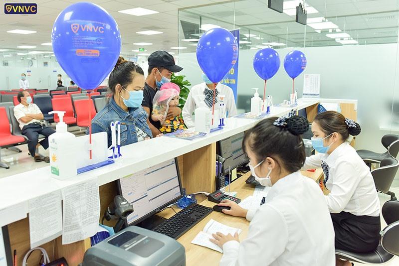 Một trung tâm tiêm chủng tư nhân vừa đi vào hoạt động tại TP.Tam Kỳ. Ảnh: V.N.V.C