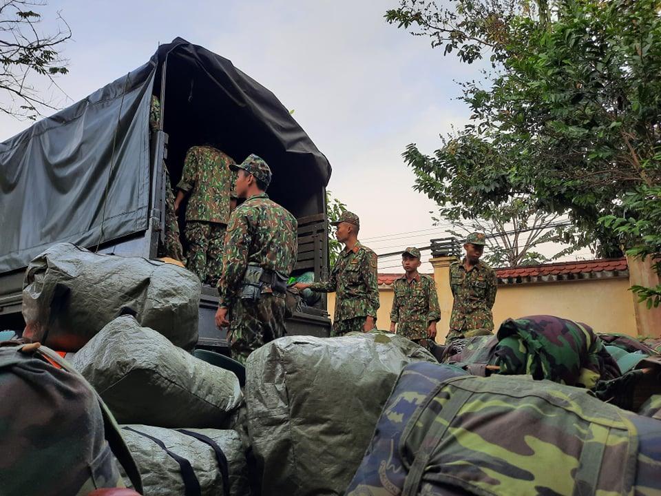 Cán bộ chiến sĩ quân khu 5 đã đến Bắc Trà My chuẩn bị công tác tìm kiếm cứu nạn
