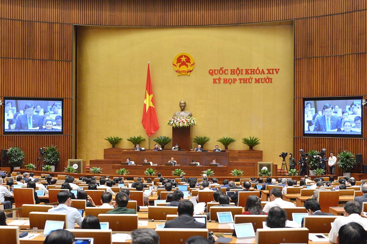 Toàn cảnh phiên thảo luận toàn thể của Quốc hội sáng ngày 3.11. Ảnh: quochoi.vn