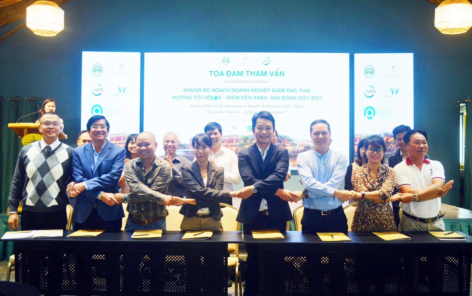Doanh nghiệp du lịch Hội An cam kết không thải rác nhựa ra môi trường