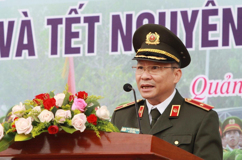 Thiếu tướng Nguyễn Đức Dũng chính thức phát lệnh cho toàn lực lượng ra quân thực hiện đợt cao điểm. Ảnh: T.C