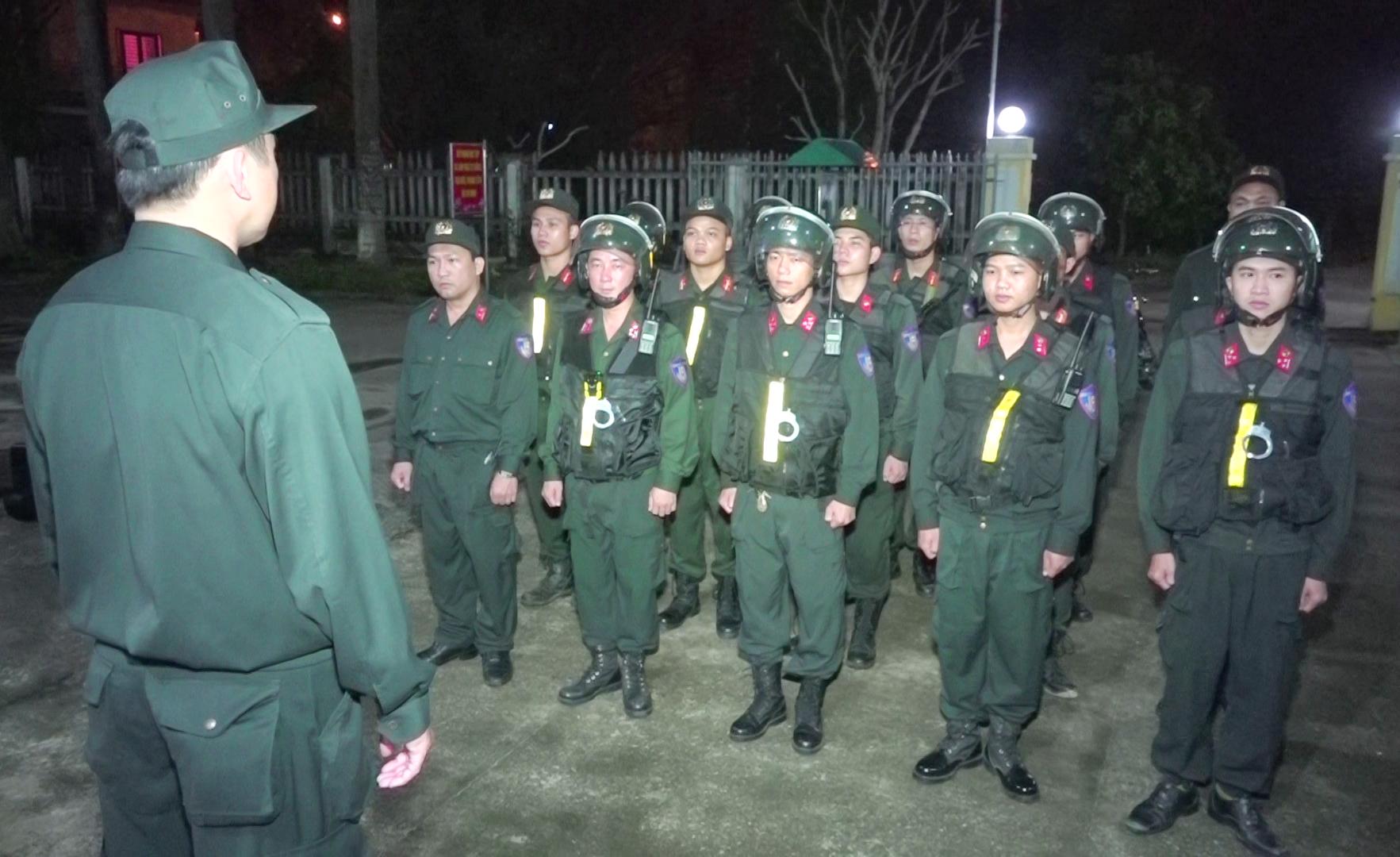 Phòng Cảnh sát cơ động sẽ tăng cường các hoạt động tuần tra đêm tại nhiều địa bàn trọng điểm. Ảnh: C.H