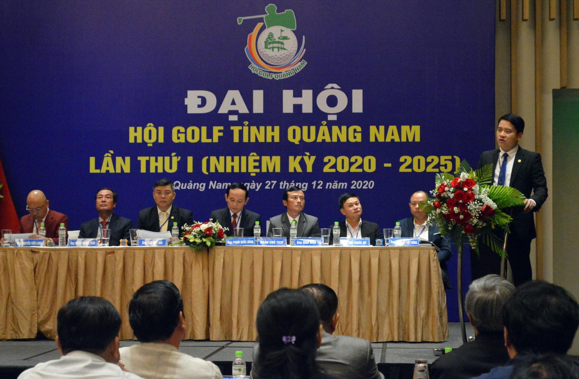 Phó Chủ tịch UBND tỉnh Trần Văn Tân phát biểu chỉ đạo Đại hội