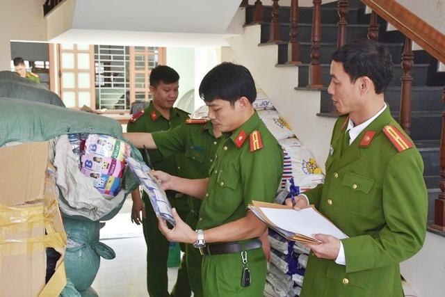 nhiều hàng hóa nhập lậu bi lực lượng CSKT bắt, xử lý