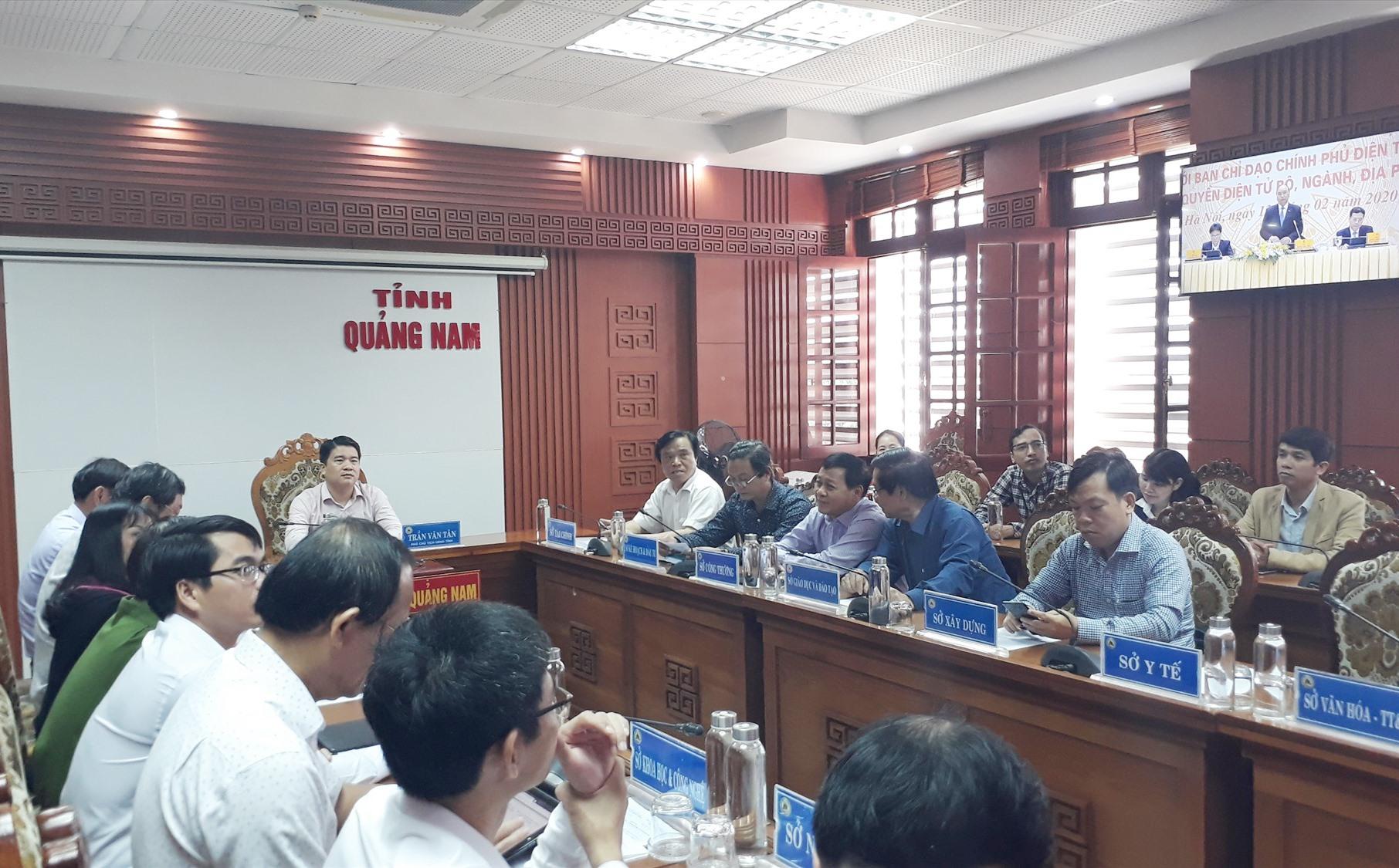 Quang cảnh hội nghị trực tuyến tại Quảng Nam. Ảnh: X.P