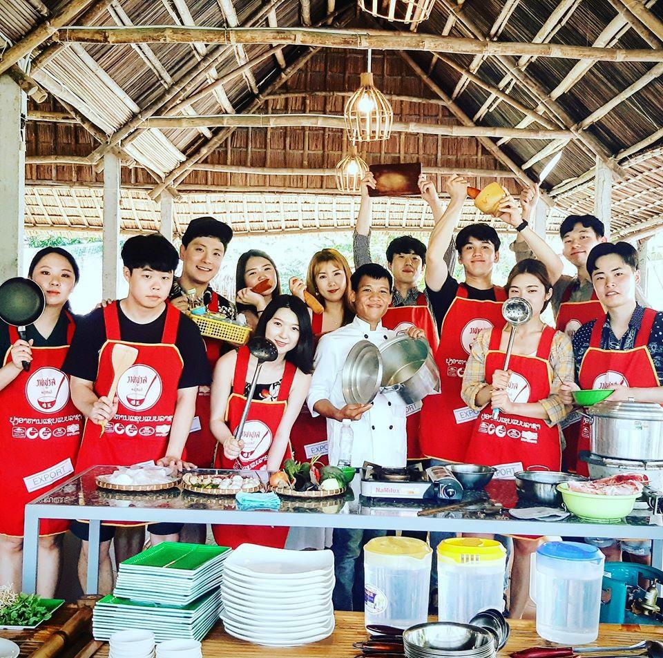 Với lượng khách tham quan lớn khởi nghiệp du lịch ở Quảng Nam có nhiều cơ hội phát triển. Ảnh: L.T