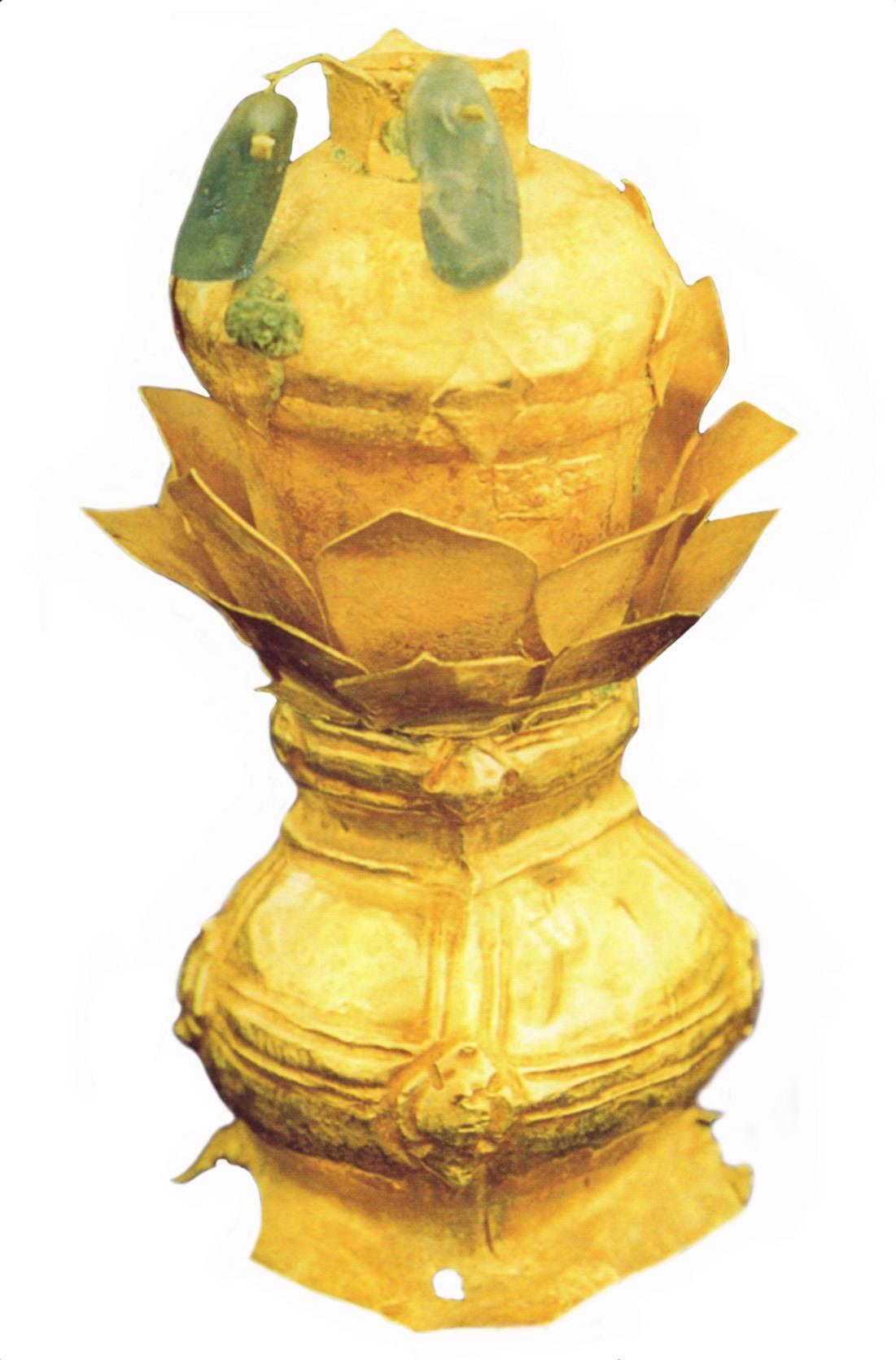 Trang sức hình bình hoa bằng vàng.