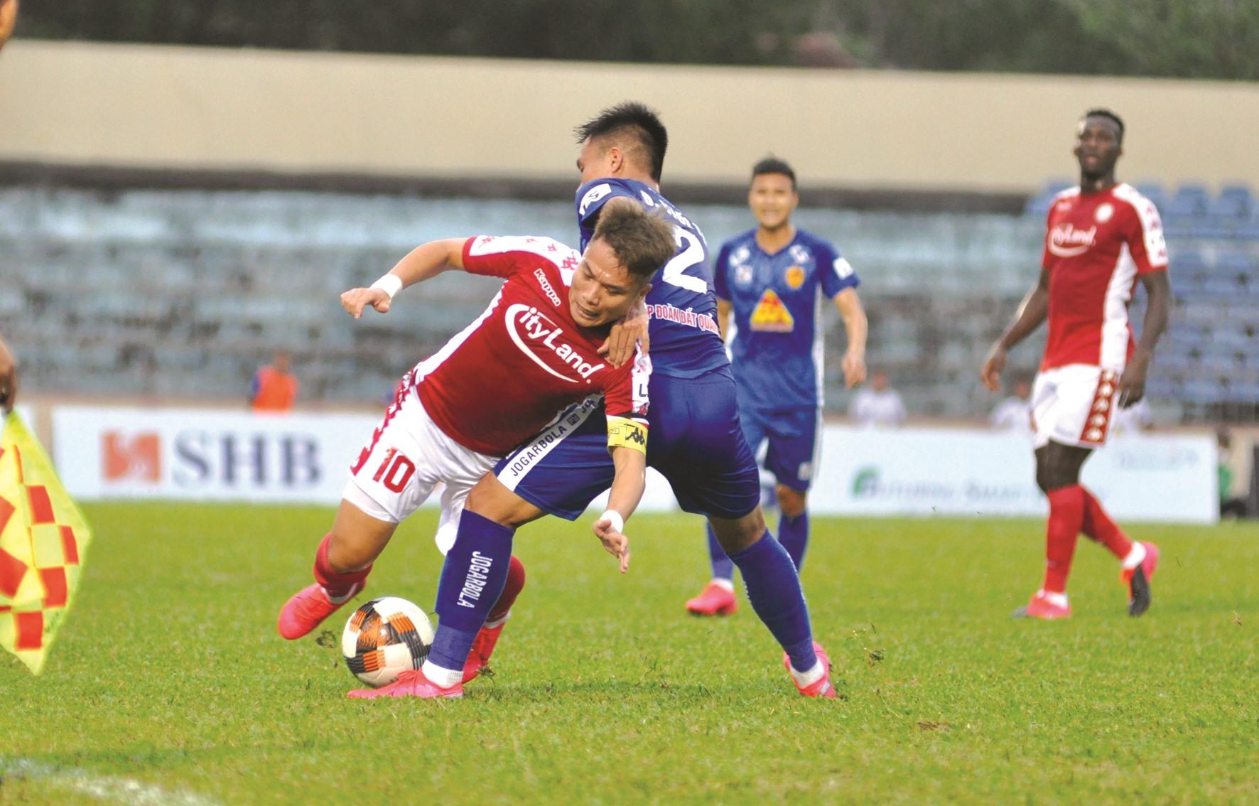 Thất bại trong trận ra quân song vẫn có những sự lạc quan cho Quảng Nam ở các trận đấu sắp tới. Ảnh: T.V