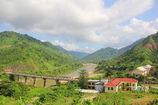"""Dự án """"Nông nghiệp liên kết hướng đến thu nhập bền vững cho đồng bào thiểu số"""" được triển khai tại Nam Giang"""