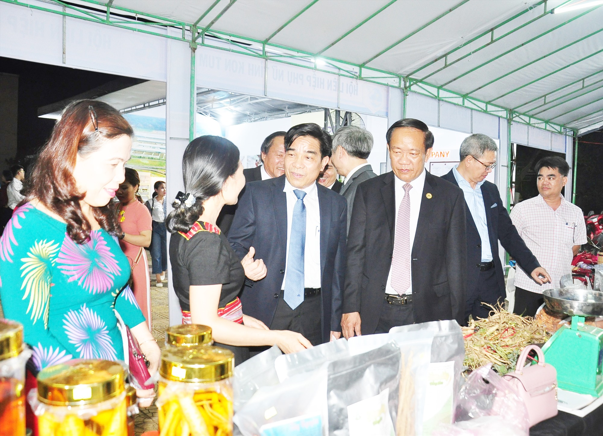 Hội LHPN tỉnh phối hợp với UBND tỉnh tổ chức thành công sự kiện Techfest Quảng Nam và Ngày hội Phụ nữ khởi nghiệp sáng tạo miền Trung - Tây Nguyên lần thứ I -2019. Ảnh: VINH ANH