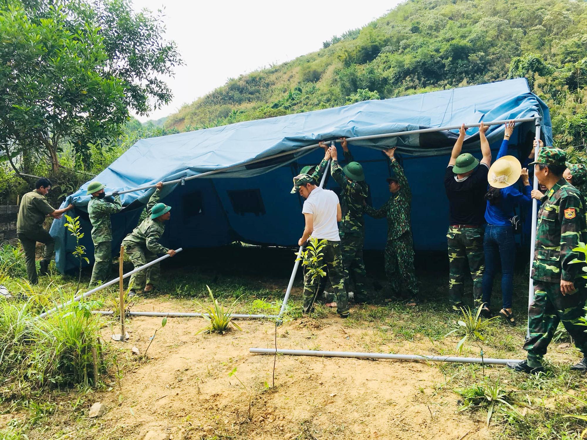 Đồn biên phòng La Ê ê dựng lán, trại làm điểm cắm chốt