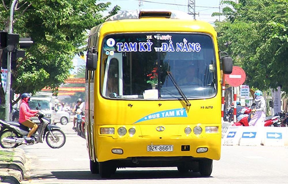 Tạm dừng hoạt động tất cả các tuyến xe buýt liền kề giữa TP.Đà Nẵng và Quảng Nam. Ảnh: Đ.Y