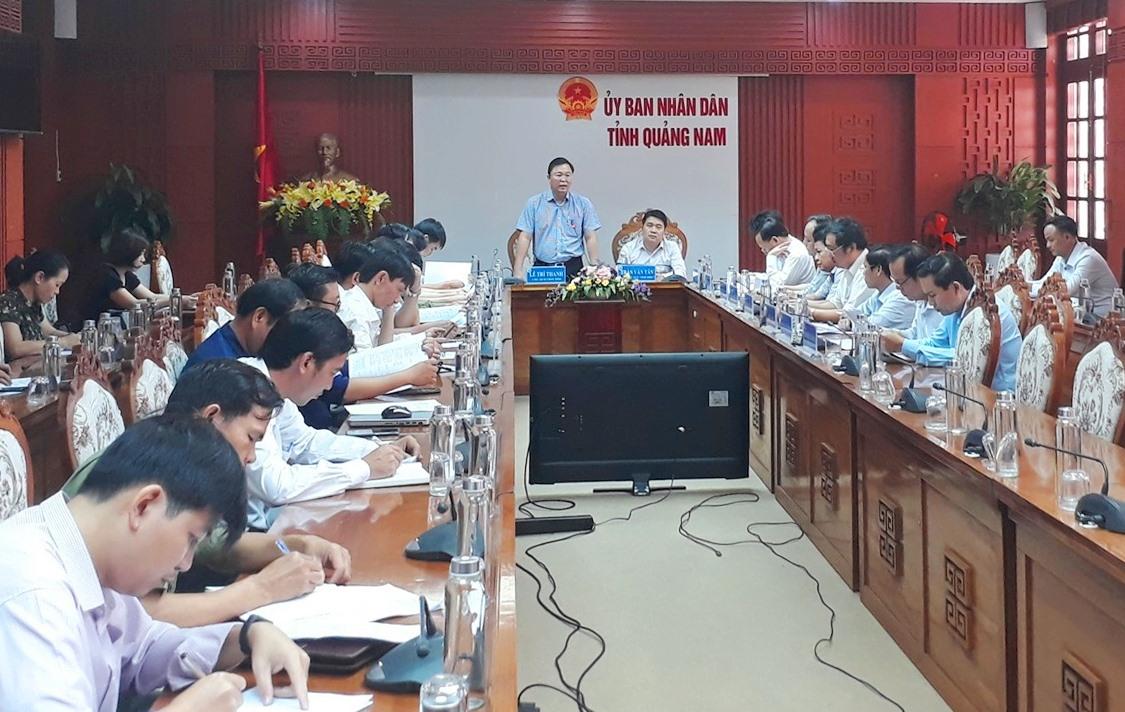 Chủ tịch UBND tỉnh Lê Trí Thanh nhấn mạnh vai trò quan trọng của chính quyền điện tử. Ảnh: X.P