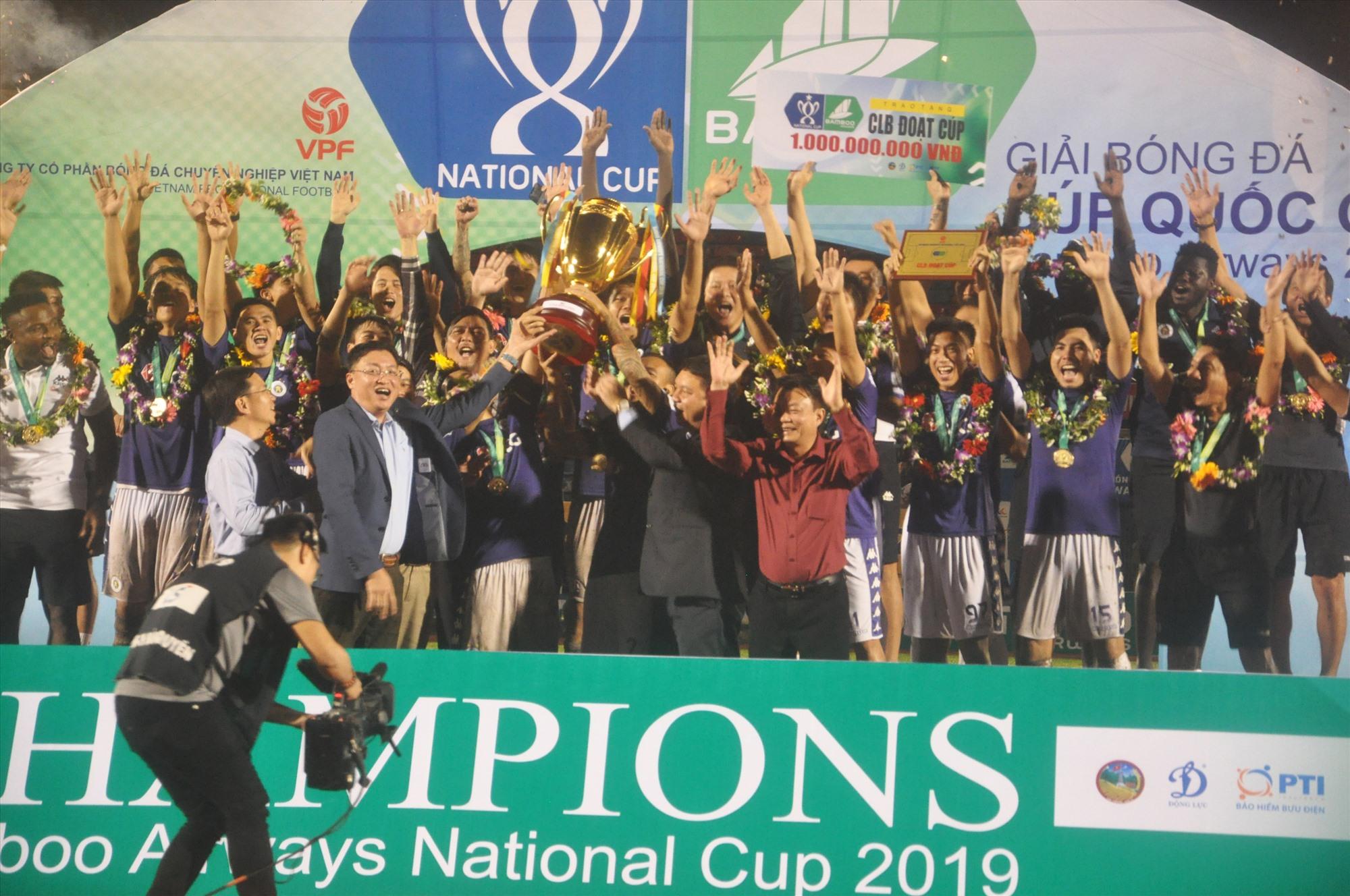 Hà Nội là ứng cử viên số một cho danh hiệu vô địch V-League 2020. Ảnh: T.V