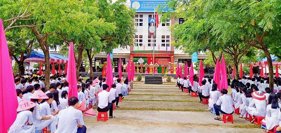 Trường THPT chuyên Nguyễn Bỉnh Khiêm có nhiều học sinh giành chiến thắng trong cuộc thi Olympic du học Nga năm 2020. Ảnh: Nhà trường cung cấp.