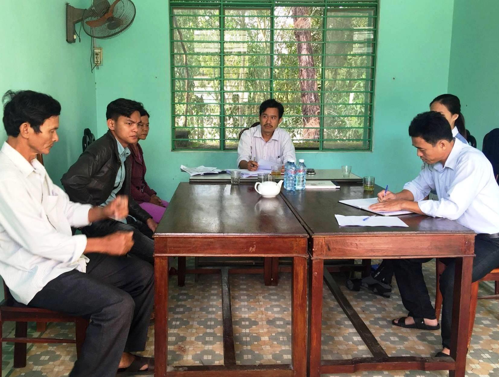 Một vụ hòa giải tại UBND xã Tam Thăng (TP.Tam Kỳ). Ảnh: Q.S