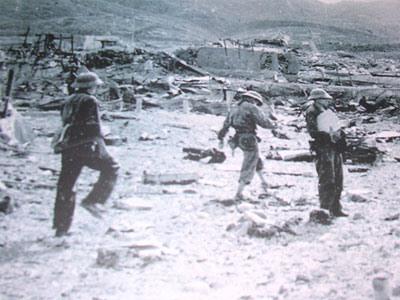 Chi khu quân sự Thượng Đức bị san bằng ngày 7.8.1974.