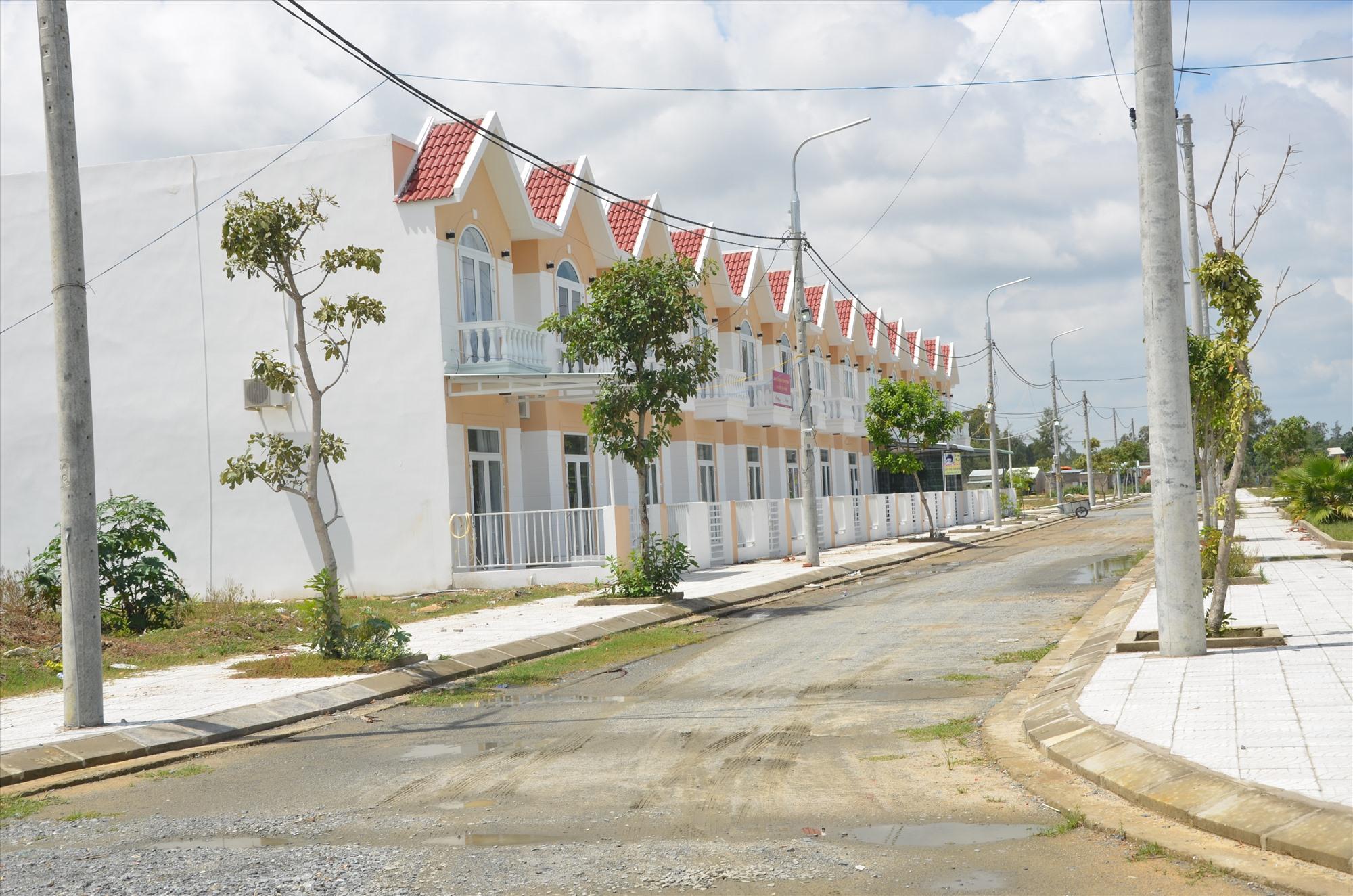 Đô thị mới Điện Nam - Điện Ngọc đang dần lấp đầy diện tích quy hoạch phát triển không gian đô thị, bất động sản. Ảnh: T.H