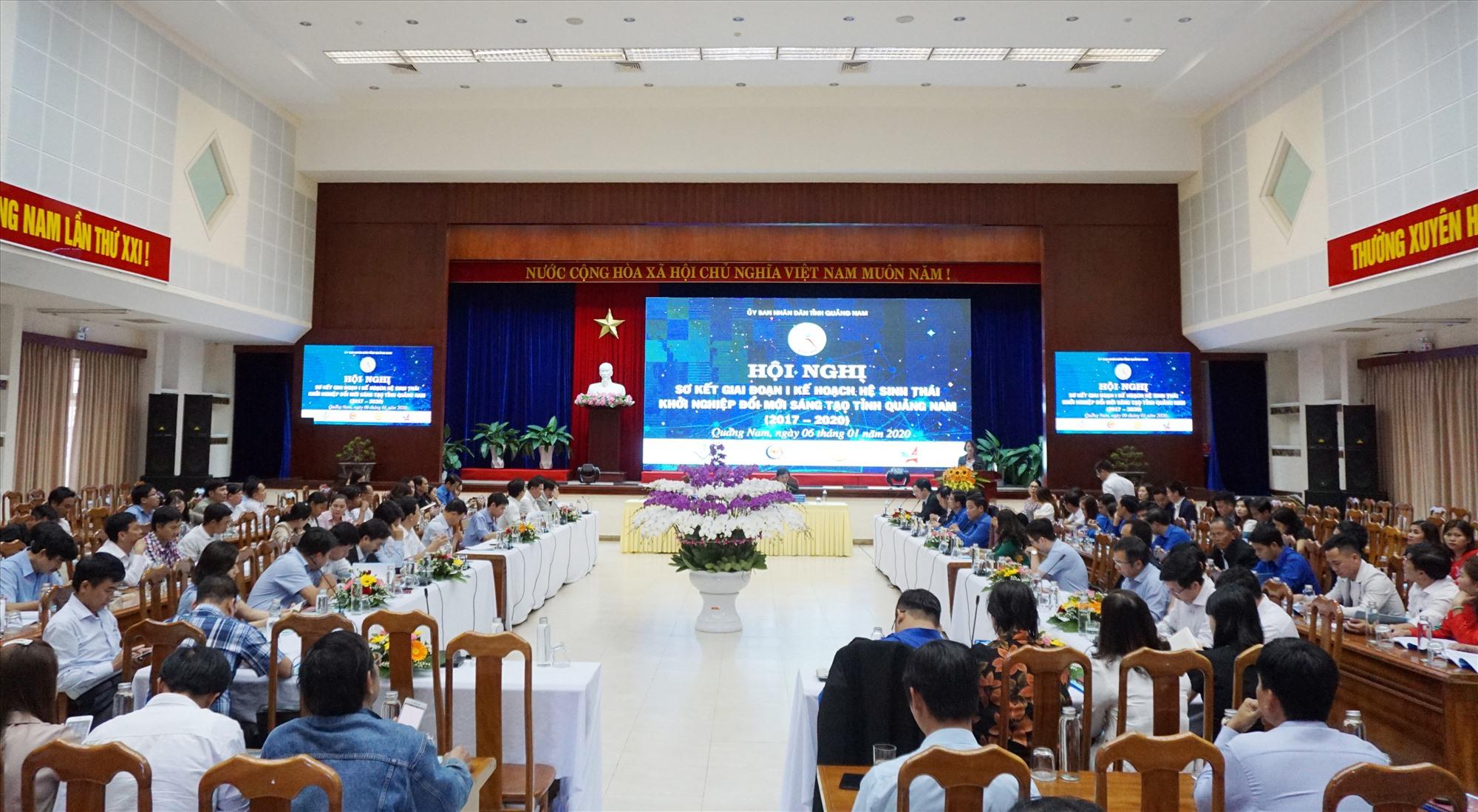 Hội nghị sơ kết giai đoạn I kế hoạch Hệ sinh thái khởi nghiệp đổi mới sáng tạo tỉnh (2017 - 2020) UBND tỉnh tổ chức hồi đầu năm 2020.Ảnh: LÊ QUÂN