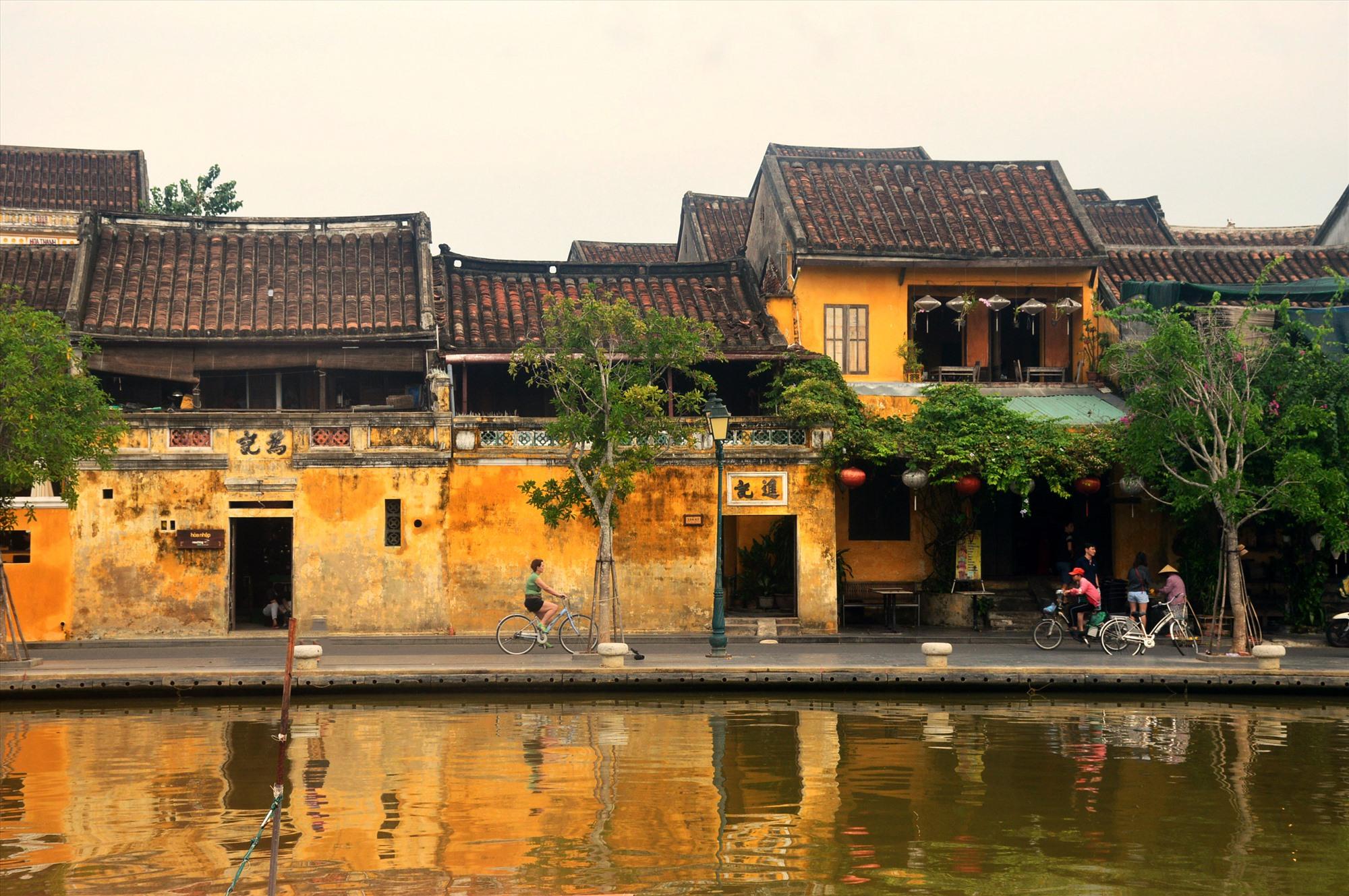"""Cần cố gắng giữ vẻ đẹp """"tĩnh"""" của đô thị cổ Hội An trong quá trình phát triển du lịch."""