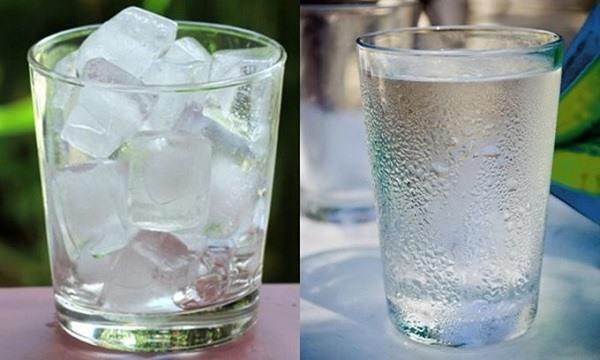 Uống nước đá dễ gây nên tình trạng viêm họng (Ảnh minh họa)