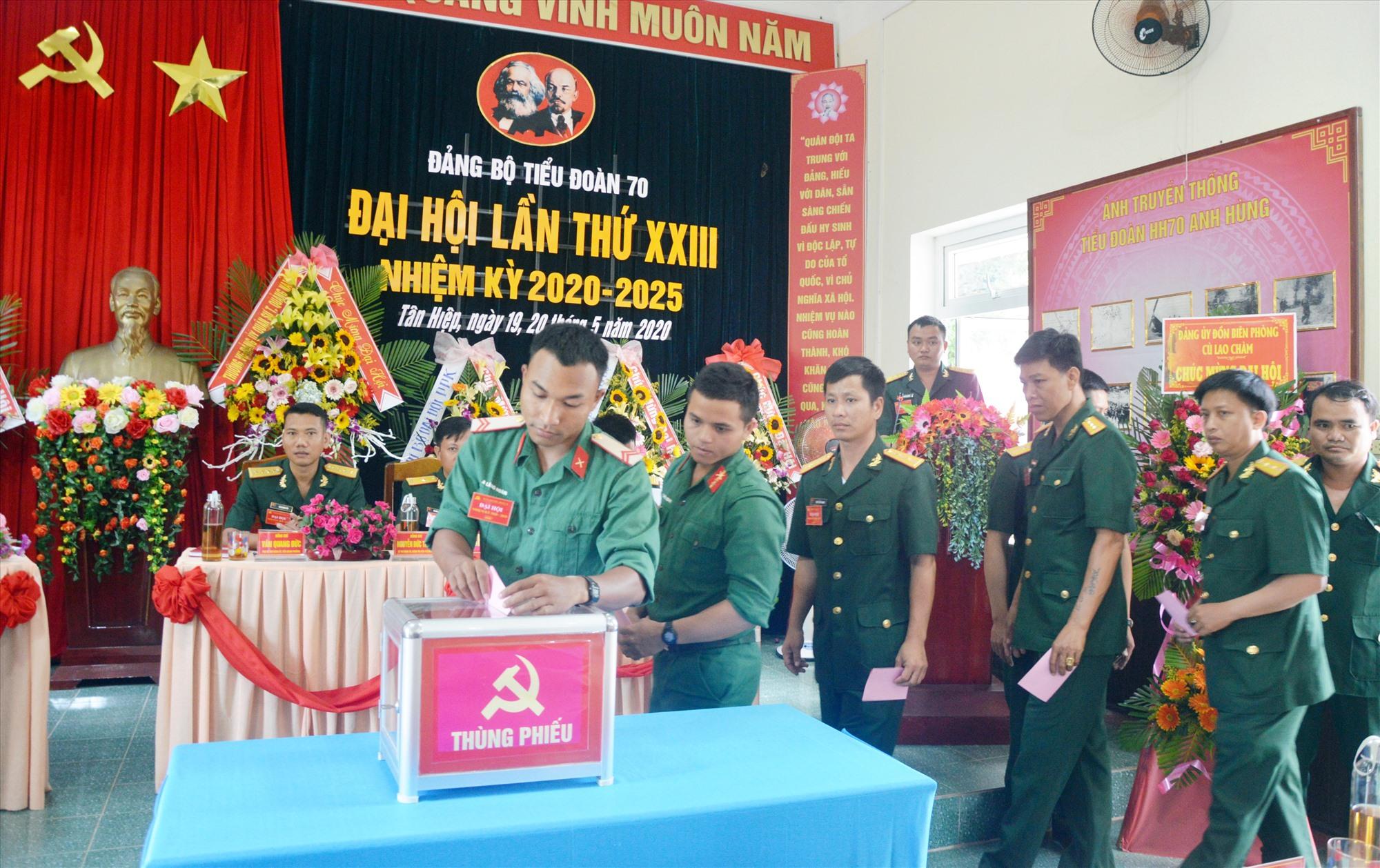 Bầu Ban Chấp hành Đảng bộ Tiểu đoàn 70, nhiệm kỳ 2020-2025.