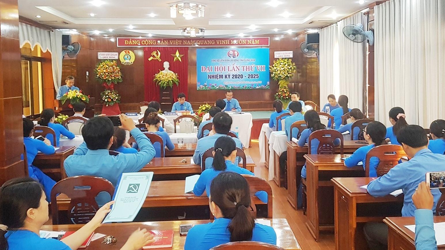 Đại hội Đảng bộ LĐLĐ tỉnh diễn ra vào sáng nay. Ảnh: D.L