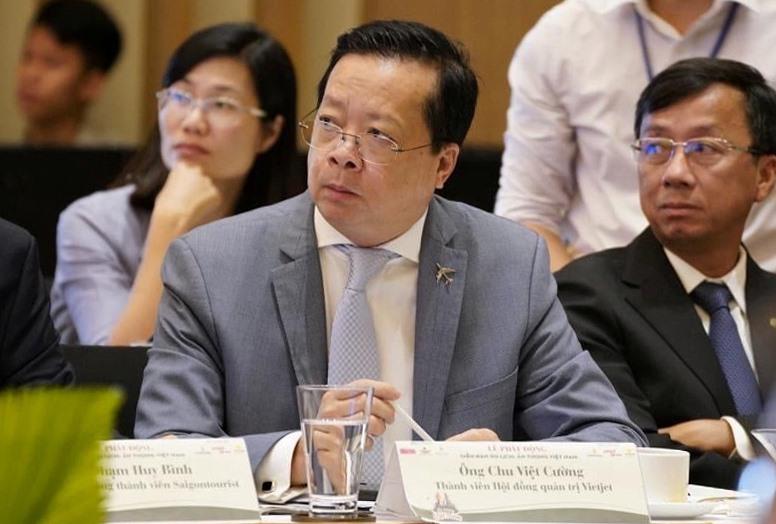 Ông Chu Việt Cường - thành viên HĐQT công ty CP hàng không Vietjet chia sẻ nhiều gói kích cầu khách nội địa tại diễn đàn
