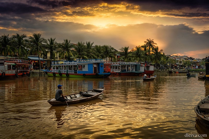 Sunset on a river in Hoi An (Quang Nam province), a UNESCO's  World Cultural Heritage