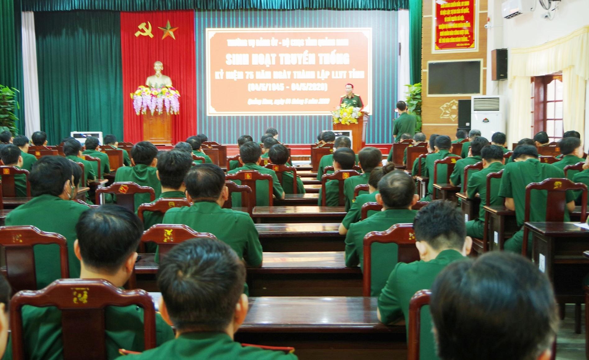 Sinh hoạt truyền thống kỷ niệm 75 năm Ngày truyền thống LLVT tỉnh. ANH TRANG