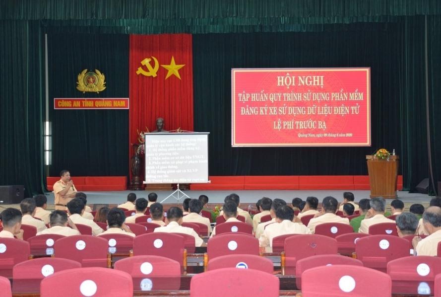 Buổi tập huấn do Cục CSGT phối hợp cùng Công an tỉnh tổ chức.