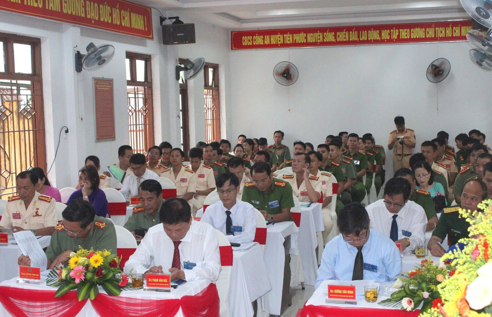 Công an huyện Tiên Phước chú trọng xây dựng lực lượng vững mạnh, chính quy, tinh nhuệ. Ảnh: D.L