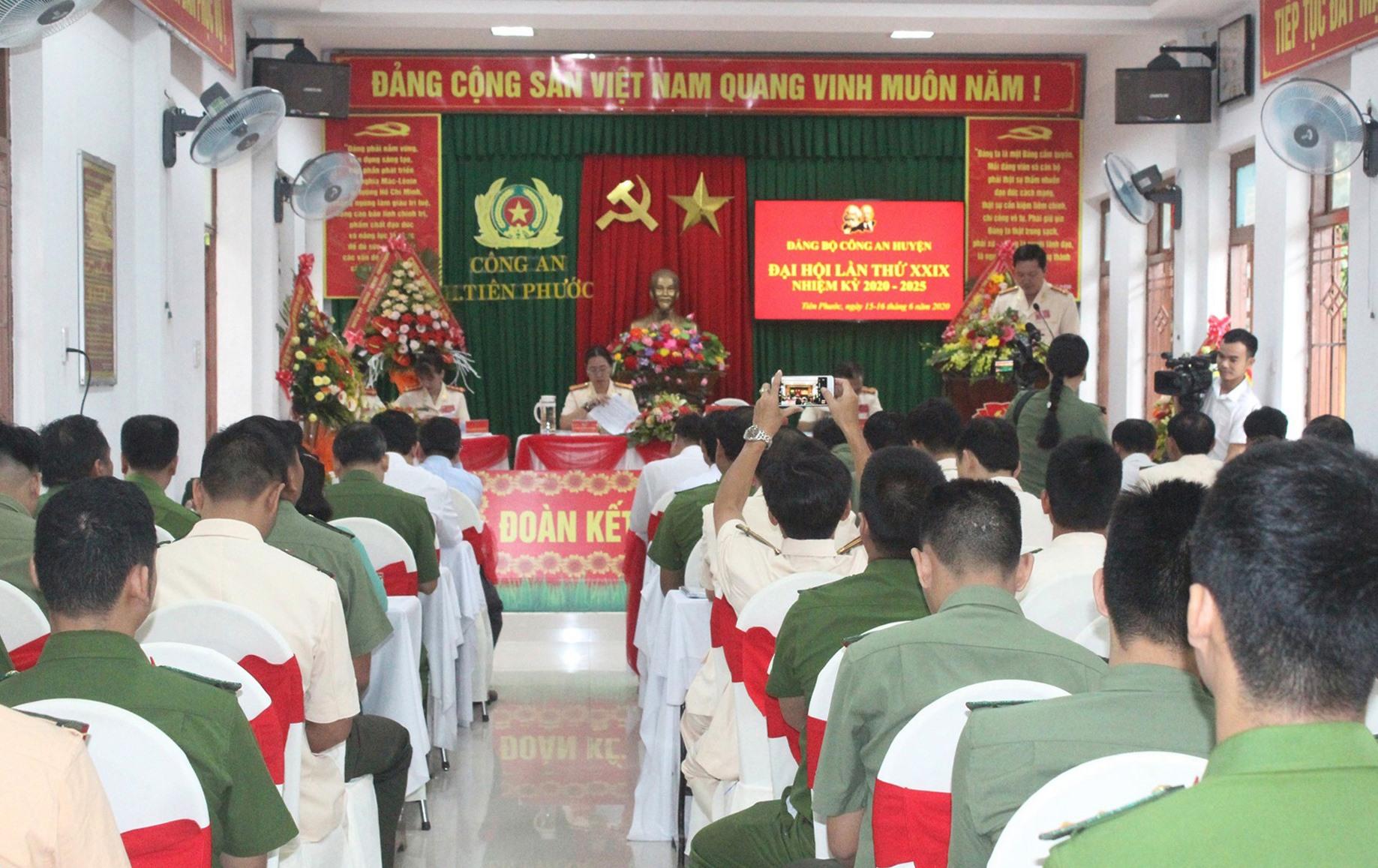 Đại hội Đảng bộ Công an huyện Tiên Phước lần thứ XXIX (nhiệm kỳ 2020 - 2025). Ảnh: D.L