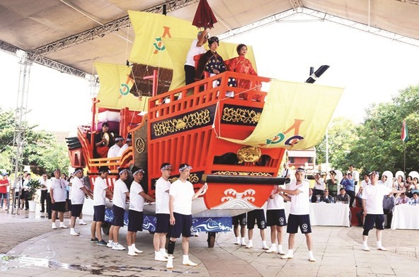 Reappearance of a red seal ship at a Vietnam-Japan cultural exchange festival