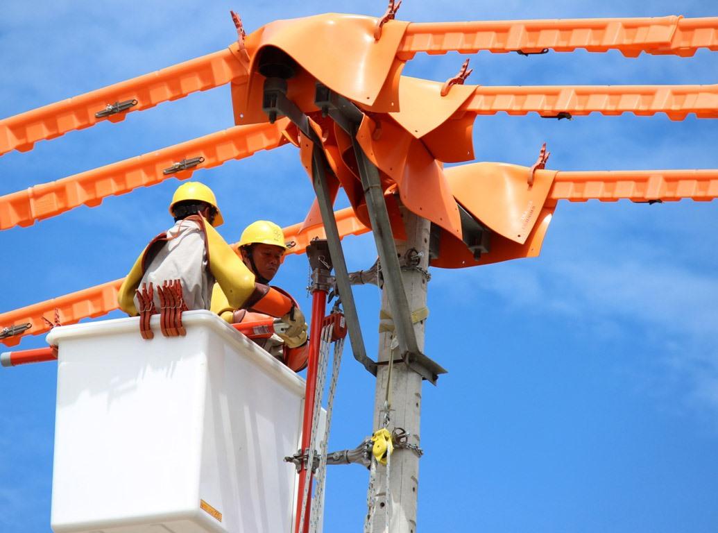 PC Quảng Nam luôn chú trọng đầu tư công nghệ để nâng cấp, hiện đại hóa lưới điện. Ảnh: T.L