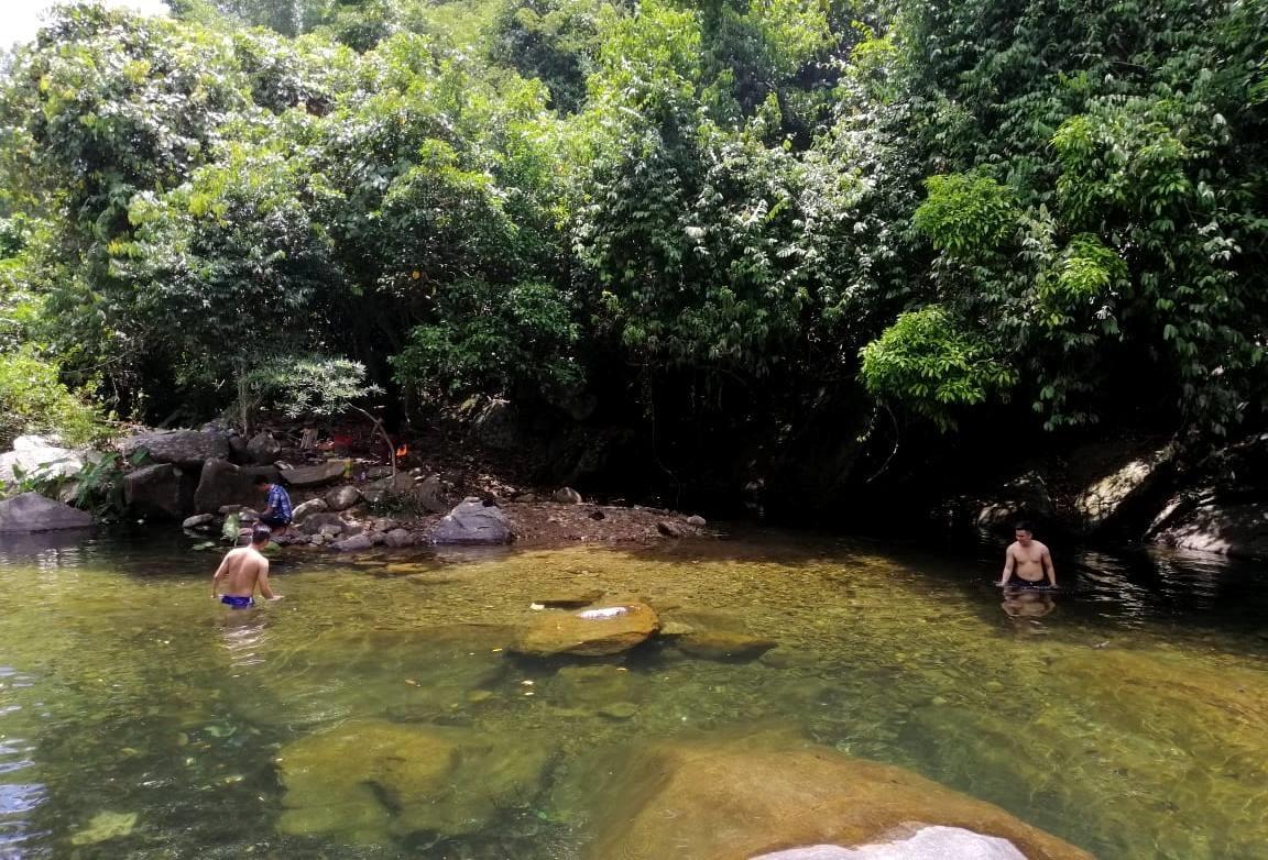 Nhiều điểm du lịch trải nghiệm tại các hồ nước trở thành điểm đến lý tưởng cho du khách. Ảnh: H.L