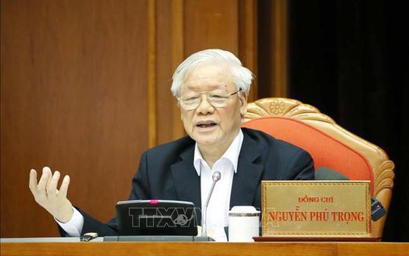 Tổng bí thư Nguyễn Phú Trọng ký ban hành Chỉ thị số 45 về lãnh đạo cuộc bầu cử đại biểu Quốc hội khóa XV và bầu cử đại biểu Hội đồng nhân dân các cấp nhiệm kỳ 2021 - 2026 - Ảnh: TTXVN