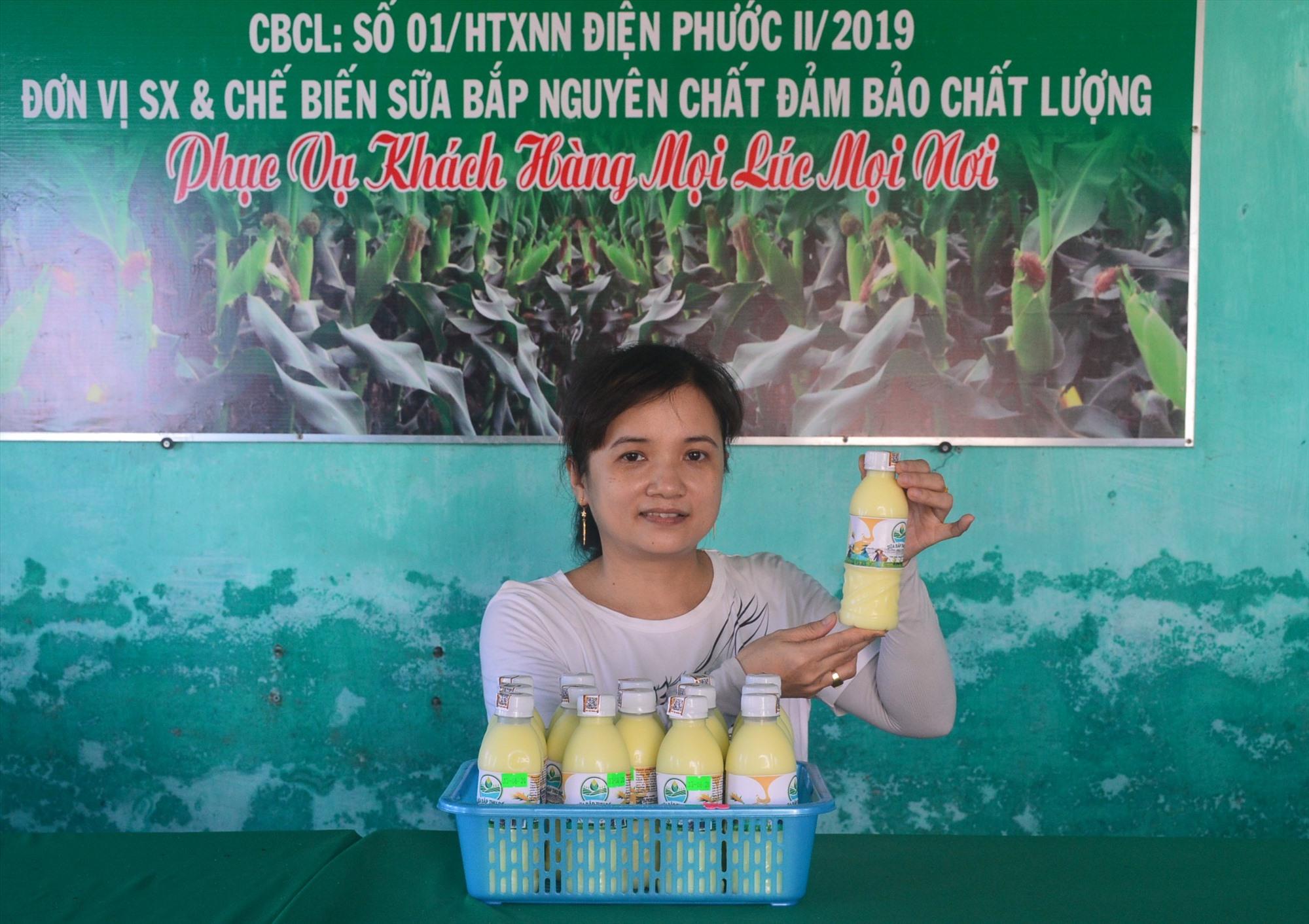 Nhờ chất lượng đảm bảo nên sữa bắp Thu Bồn đã được người tiêu dùng đón nhận. Ảnh: QT