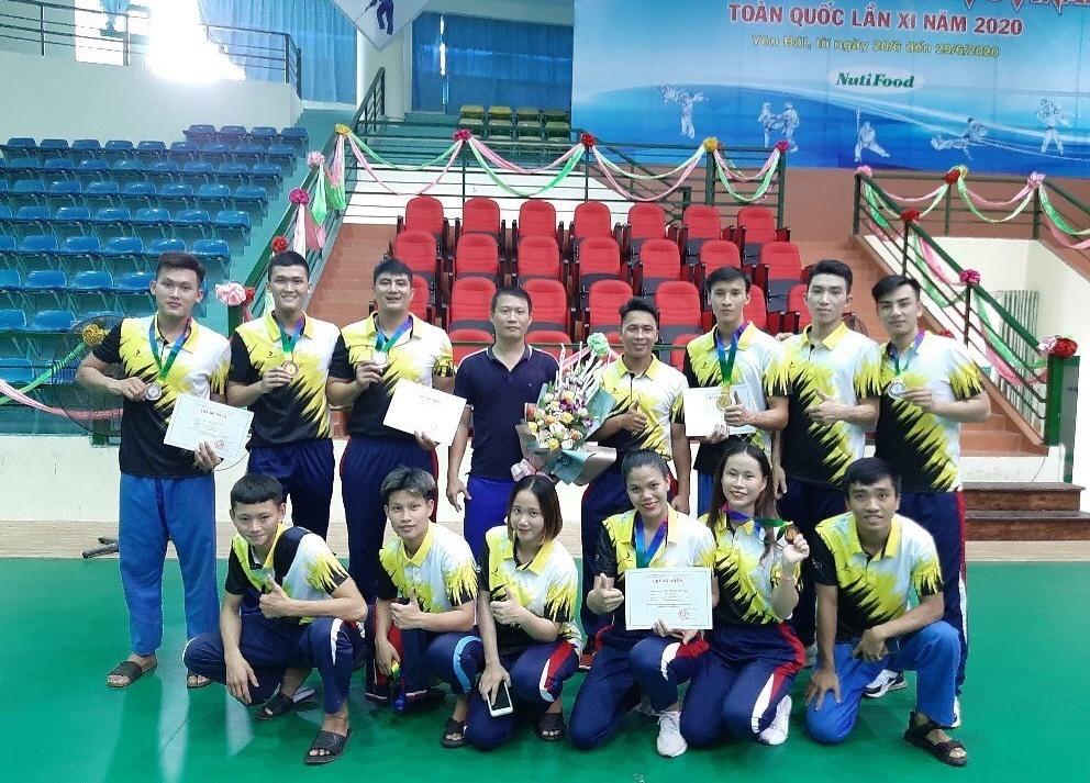 iềm vui của đoàn VĐV Quảng Nam sau khi giành kết quả cao tại giải. Ảnh: P.L
