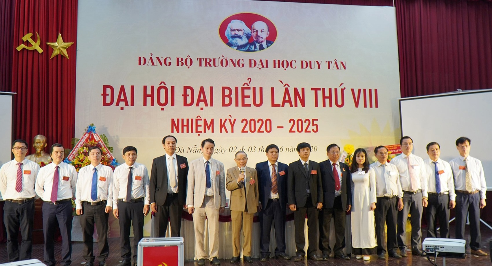 Ban Chấp hành Đảng bộ DTU khóa VIII