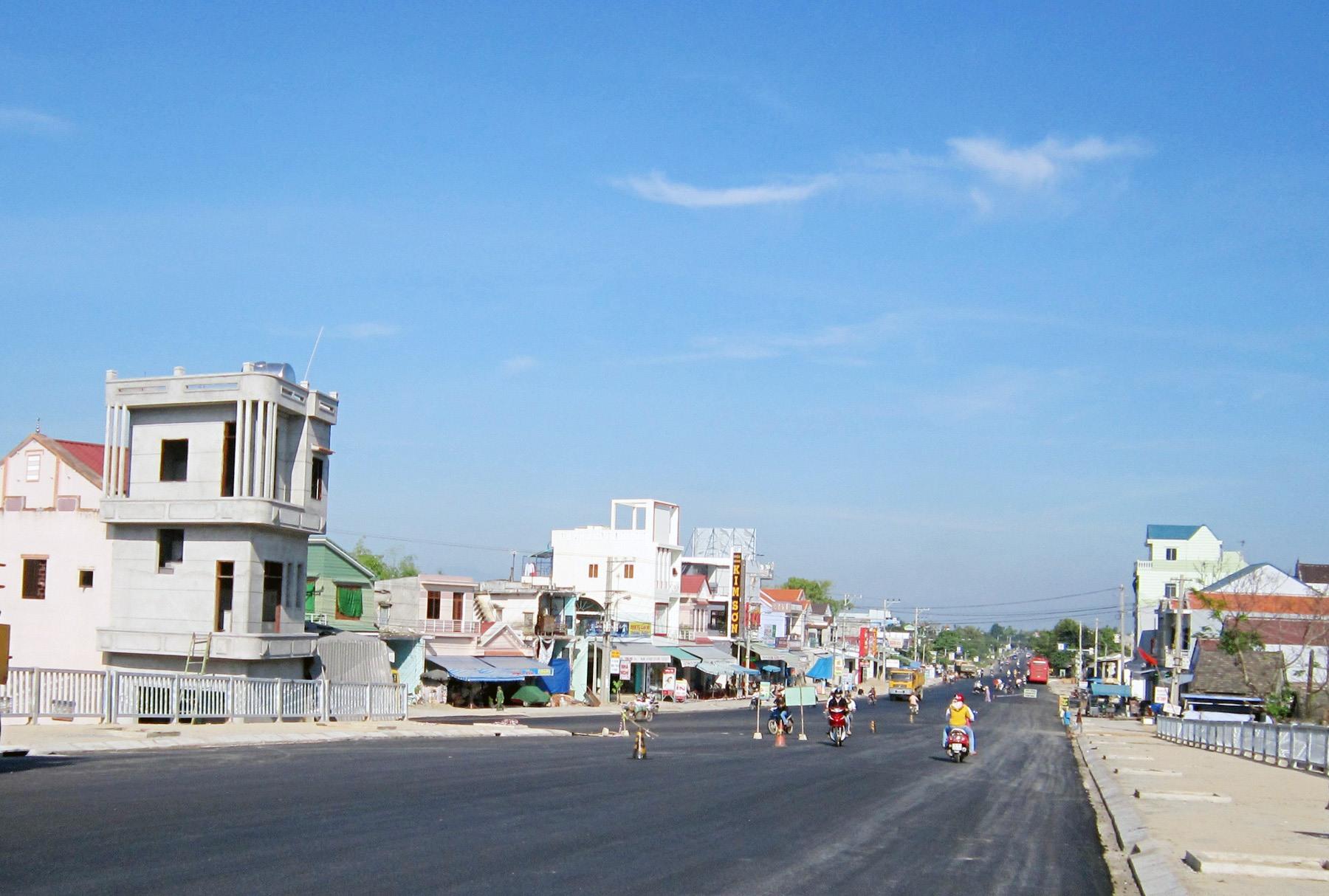 Thị trấn Hương An - một trong những đô thị loại V của tỉnh, có tương lai phát triển rất tốt nếu được quy hoạch bài bản, khoa học. Ảnh: B.A