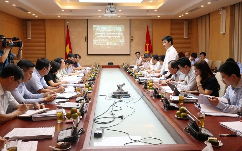 Bộ Xây dựng thẩm định Đồ án Quy hoạch phân khu xây dựng Đại học Đà Nẵng. Ảnh NĐ